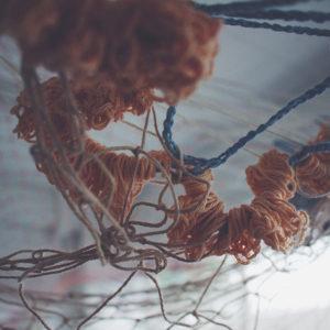 芝山 由佳|SHIBAYAMA Yuka<br />漣の織りかさなり来し方、揺れ行く末
