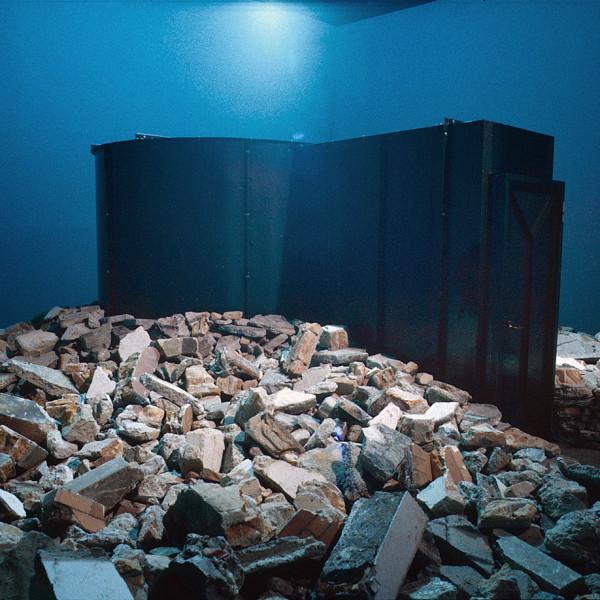 大洪水の後で / 未現像の記憶 | AFTER THE FLOOD / UNDEVELOPED MEMORY<br /> 2002<br /> サンパウロ・ビエンナーレ(サンパウロ・ブラジル)