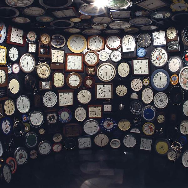 未現像の記憶の作品内部 | INSIDE VIEW OF UNDEVELOPED MEMORY<br /> 2002<br /> サンパウロ・ビエンナーレ(サンパウロ・ブラジル)<br /> 2012<br /> 福井県立美術館(福井)