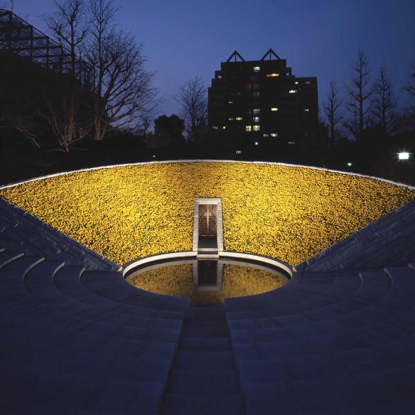 記憶の場所 | SITE FOR RECOLLECTION<br /> 2001<br /> 東京空襲平和モニュメント(東京)