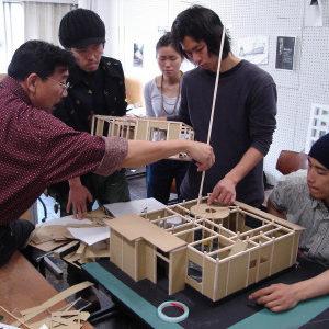 2006<br />竹環プロジェクト – 生きている家 –
