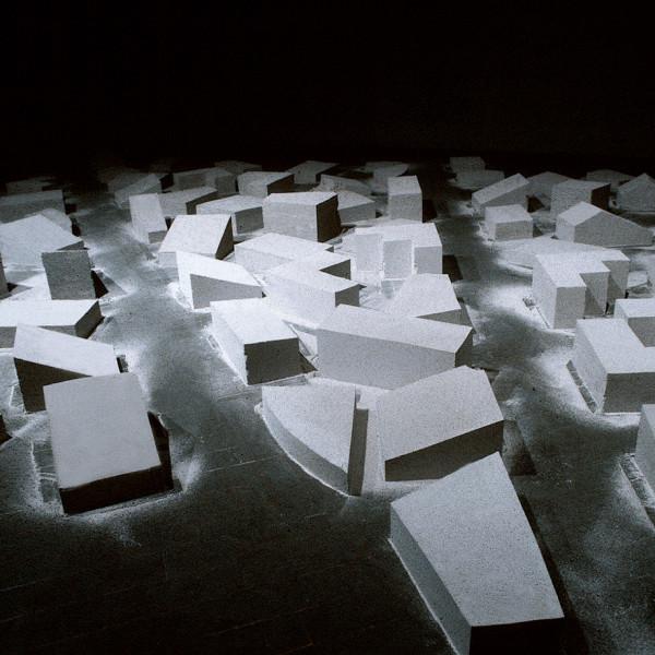 都市という廃墟 | URBAN RUIN<br /> 1996<br /> 原美術館(東京)